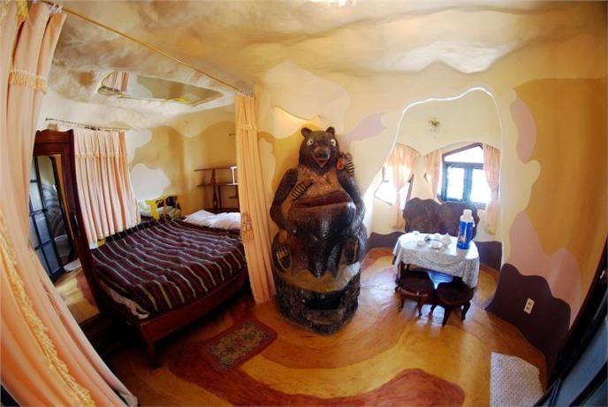 crazy house 4